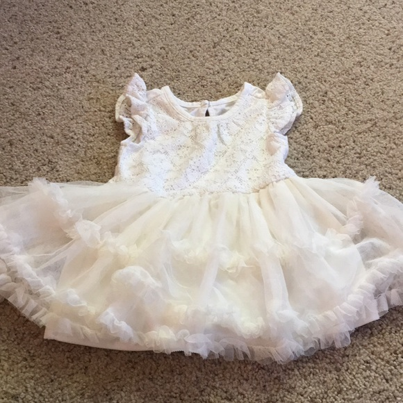 The children's place 6-9 mo dress